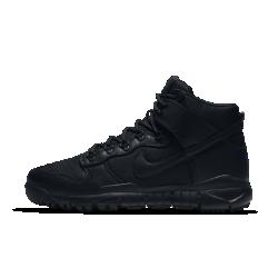 Мужские ботинки Nike SB Dunk HighМужские ботинки Nike SB Dunk High с интегрированной согревающей технологией обеспечивают защиту от холода и непогоды на пересеченной местности.<br>