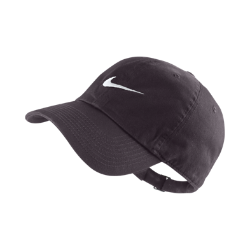 Бейсболка Nike Heritage 86 SwooshБейсболка Nike Heritage 86 Swoosh с классической конструкцией из 6 панелей с регулируемым ремешком сзади обеспечивает индивидуальную комфортную посадку.<br>