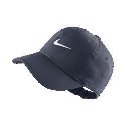 Детская бейсболка Nike New Swoosh HeritageДетская бейсболка Nike New Swoosh Heritage с вышитой легендарной символикой и отличной посадкой.<br>