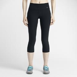 Женские капри для тренинга Nike Legend 2.0 Tight PolyОбтягивающие женские капри для тренинга Nike Legend 2.0 Tight Poly представляют собой усовершенствованную версию оригинальной модели с современным облегающим дизайном и повышенным комфортом для любой тренировки.  Комфорт и защита  Слегка зауженный пояс и завышенная посадка гарантируют надежную фиксацию во время наклонов или растяжек. Завышенный сзади пояс обеспечивает естественный комфорти прилегание, не позволяя кромке скручиваться.  Облегающий силуэт  Незаметный V-образный шов в области бедер повторяет изгибы тела, а остальные швы подчеркивают силуэт ног, не сковывая движений. Обновленная треугольная ластовица не дает брюкам смещаться, а сетка Power Mesh на внутренней стороне пояса позволяет избежать заломов и складок и обеспечивает красивую посадку.  Низкий профиль, удобное хранение мелочей  В этой модели капри карман был перемещен назад и обработан лазером для безопасного хранения мелочей без лишнего объема.  Комфорт  Влагоотводящая эластичная ткань джерси Dri-FIT, изготовленная минимум из десяти переработанных пластиковых бутылок, обеспечивает комфорт, отводя пот с кожи на поверхность ткани, где он быстро испаряется.<br>