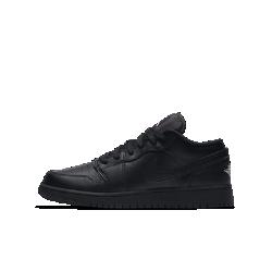 Детские кроссовки Air Jordan 1 LowДетские кроссовки Air Jordan 1 Low с верхом из первоклассных материалов и системой амортизации Nike Air — это легендарное сочетание фирменного стиля и комфорта для игры в баскетбол.<br>