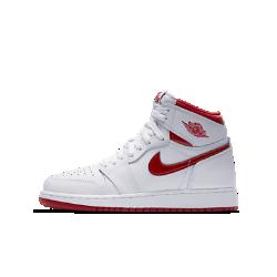 Кроссовки для школьников Air Jordan 1 Retro High OGКроссовки для школьников Air Jordan 1 Retro High OG, дополненные фирменными баскетбольными деталями, обеспечивают мягкую амортизацию, удобную посадку и легкость, благодаря которым стала знаменитой оригинальная модель.<br>