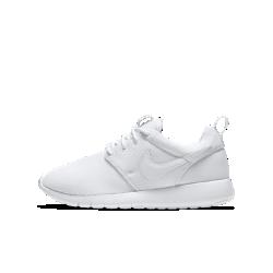 Кроссовки для школьников Nike Roshe OneПросто Инновация: легкие и гибкие кроссовки для школьников Nike Roshe One обеспечивают комфорт и отличное настроение на весь день.<br>