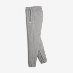 Тренировочные брюки для мальчиков (8–15) Nike Brushed-Fleece CuffedТренировочные брюки для мальчиков (8–15) Nike Brushed-Fleece Cuffed выполнены из мягкой ткани «Френч терри» и обладают эластичным кантом для комфортной посадки и сохранения тепла.<br>
