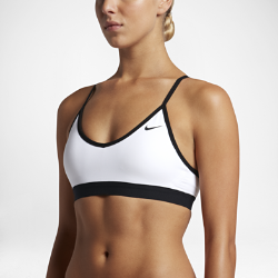 Спортивное бра с легкой поддержкой Nike IndyСпортивное бра Nike Indy обеспечивает легкую поддержку, удобную посадку и отведение влаги и подходит для занятий с низкой нагрузкой, например для ходьбы, силовых тренировок и йоги.<br>
