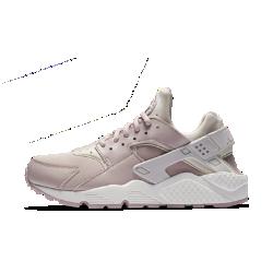 Женские кроссовки Nike Air HuaracheВЕЧНАЯ КЛАССИКА ВЕЧНАЯ КЛАССИКА  Женские кроссовки Nike Air Huarache, повторяющие каждое движение стопы, появились в 1991 году и навсегда изменили представление о беговой обуви.<br>