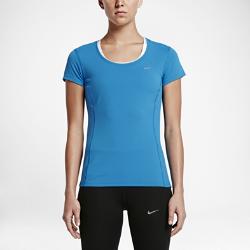 Женская футболка для бега Nike Dri-FIT Contour Short-SleeveЖенская футболка для бега Nike Dri-FIT Contour Short-Sleeve отличается воздухопроницаемостью там, где это необходимо, и эргономичным дизайном, обеспечивающим комфорт во время бега в любых условиях.  ОПТИМАЛЬНОЕ ОХЛАЖДЕНИЕ  Вставка из сетки Dri-FIT в области поясницы имеет три различных текстуры — от рыхлой до плотной — и обеспечивает разную степень охлаждения.  КОМФОРТ  Ткань Dri-FIT обеспечивает превосходную воздухопроницаемость и комфорт, отводя влагу с кожи на поверхность ткани, откуда она быстро испаряется.  СВОБОДА ДВИЖЕНИЙ  Эргономичные завернутые швы обеспечивают комфортную посадку, анатомическая конструкция дарит полную свободу движений.<br>