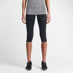 Женские капри для бега Nike TechЖенские капри для бега Nike Tech из влагоотводящей ткани со вставками из сетки и эргономичными швами обеспечивают зональную вентиляцию и свободу движений во время бега.<br>