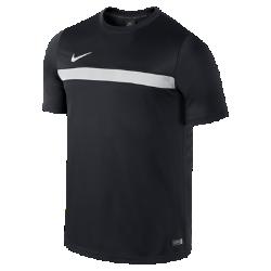 Мужская игровая футболка Nike Dry AcademyМужская игровая футболка Nike Dry Academy из влагоотводящей ткани с сетчатой вставкой сзади обеспечивает вентиляцию и комфорт во время жаркой игры.<br>