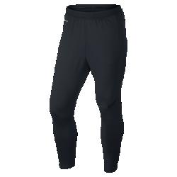 Мужские футбольные брюки Nike Strike EliteМужские футбольные брюки Nike Strike Elite отличаются продуманным инновационным кроем, разработанным специально для игры в футбол, позволяя тебе тренироваться в полную силу и обеспечивая комфорт.  Свобода движений для высоких скоростей  Конструкция с зауженными штанинами и вставками из сетки на нижней части штанин повторяет контуры тела, обеспечивая полную свободу движений даже при беге на максимальной скорости.  Быстрое высыхание  Брюки Strike Elite созданы из эластичной ткани Dri-FIT, которая сохраняет тело сухим, обеспечивает комфорт и свободу движений на протяжении всего матча.  ИДЕАЛЬНАЯ ПОСАДКА  Новая конструкция пояса с внутренним шнурком гарантирует надежную посадку и комфорт и не сковывает движения во время игры.<br>