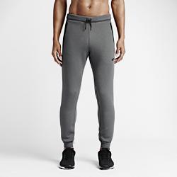 Мужские брюки для тренинга Nike Therma-Sphere MaxУниверсальные мужские брюки для тренинга Nike Therma-Sphere Max обеспечивают комфорт и защиту от холода во время интенсивных тренировок при любых погодных условиях.<br>