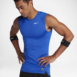 Мужская майка Nike ProМужская майка Nike Pro с эргономичными швами и сетчатыми вставками обеспечивает свободу движений и вентиляцию во время тренировок и игры.<br>