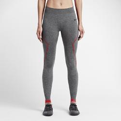 Женские тайтсы Nike Pro Hyperwarm LimitlessЖенские тайтсы Nike Pro Hyperwarm Limitless выполнены из эластичной трикотажной ткани с вафельным рисунком, которая удерживает тепло и отводит влагу от кожи для обеспечения комфорта во время тренировок в холодную погоду.<br>