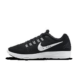 Мужские беговые кроссовки Nike LunarTempoМужские беговые кроссовки Nike LunarTempo — это легкость и комфортная посадка модели Lunaracer и сверхмягкая амортизация Lunarlon, что позволяет существенно увеличить скорость.Эти кроссовки подходят и для тренировок, и для марафонов.  Мягкая амортизация  Сверхлегкая и мягкая промежуточная подошва Lunarlon гарантирует комфорт и превосходную амортизацию. Модернизированный пеноматериал более легкий и упругий по сравнению с предыдущими материалами и ни в чем не уступает им по уровню прочности, что крайне важно для бега на длинные дистанции.  Легкость  Верх, выполненный полностью из материала Flymesh, обеспечивает идеальную посадку, легкость и вентиляцию.  Поддержка  Нити Flywire объединены со шнуровкой и плотно облегают среднюю часть и свод стопы для регулируемой плотной посадки и поддержки.<br>