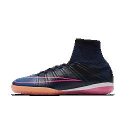 Футбольные бутсы для игры в зале/на поле Nike MercurialX ProximoФутбольные бутсы для игры в зале/на поле Nike MercurialX Proximo обеспечивают взрывную скорость, надежную фиксацию стопы и низкопрофильное сцепление во время игры в мини-футбол.<br>
