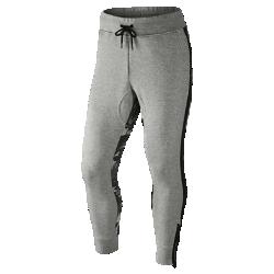 Мужские брюки Nike F.C. Libero Graphic French TerryМужские брюки Nike F.C. Libero Graphic French Terry из мягкого и прочного хлопка с конструкцией, созданной специально для занятий спортом, обеспечивают абсолютный комфорт и защитуот холода.<br>