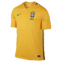 Мужская футбольная джерси 2016 Brasil CBF Stadium HomeМужская футбольная джерси 2016 Brasil CBF Stadium Home изготовлена из легкой, воздухопроницаемой и комфортной влагоотводящей ткани. Это реплика классической формы с тканой эмблемой и фирменными деталями команды.<br>