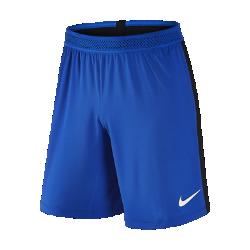 Мужские футбольные шорты Nike France Vapor Match Home/AwayМужские футбольные шорты Nike France Vapor Match Home/Away — копия модели, в которой выступает национальная сборная Франции по футболу. Технология Nike Aeroswift сочетает водоотталкивающую ткань и специальную конструкцию, позволяя достичь максимальной скорости и невероятного комфорта.  Сохраняй легкость  Специальная ткань с технологией Nike Aeroswift быстро высыхает и остается максимально легкой на протяжении всей игры или тренировки.  Идеальная посадка  Пояс Flyvent обеспечивает надежную посадку, вентиляцию и комфорт, позволяя сконцентрироваться на игре.  Создано для скорости  Обновленная эластичная трикотажная конструкция повторяет каждое движение тела даже на высокой скорости.<br>