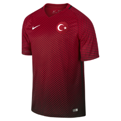 Мужская футбольная джерси 2016 Turkey Stadium HomeМужская футбольная джерси 2016 Turkey Stadium Home из воздухопроницаемой ткани обеспечивает комфорт без утяжеления во время игры и на каждый день.<br>