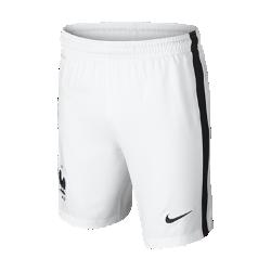 Футбольные шорты для школьников 2016 FFF Stadium Home/Away (XS–XL)Футбольные шорты для школьников 2016 FFF Stadium Home/Away созданы для длительного комфорта и естественной свободы движений на поле.<br>