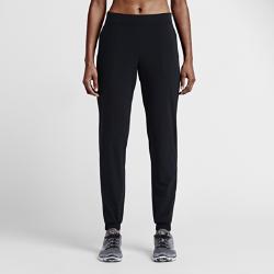 Женские тренировочные брюки Nike Woven Loose BlissЖенские тренировочные брюки Nike Woven Loose Bliss из эластичной влагоотводящей ткани с непринужденным силуэтом обеспечивают дополнительный тонкий слой защиты до, во времяи посл тренировки.<br>