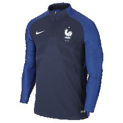 Мужская футбольная майка Nike France Strike DrillМужская футбольная майка Nike France Strike Drill создана по технологии Nike Aeroswift: сочетание высококачественной водоотталкивающей ткани и специальной конструкции помогают развить максимальную скорость на поле.<br>