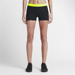 Женские шорты для тренинга Nike Pro 7,5 смЖенские шорты для тренинга Nike Pro 7,5 см обеспечивают исключительный комфорт как базовый или самостоятельный функциональный слой. Влагоотводящая ткань и плотная посадка обеспечивают комфорт и свободу движений во время тренировки.  ОТВЕДЕНИЕ ВЛАГИ И КОМФОРТ  Технология Dri-FIT отводит влагу от кожи на поверхность ткани, обеспечивая комфорт во время тренировки.  СВОБОДА ДВИЖЕНИЙ  Эластичный пояс надежно фиксирует посадку, а боковые швы повторяют изгибы бедер, не сковывая движений. Эластичная ткань тянется во всех направлениях, обеспечивая полную свободу движений для комфорта на весь день.<br>