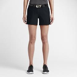 Женские шорты для гольфа Nike TournamentЖенские шорты для гольфа Nike Tournament из эластичной влагоотводящей ткани с разрезами в нижней кромке обеспечивают длительный комфорт и свободу движений на поле.<br>