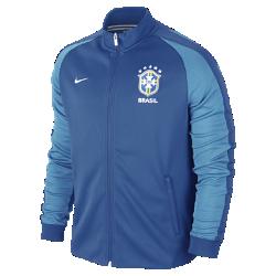 Мужская куртка Brasil CBF Authentic N98Мужская куртка Brasil CBF Authentic N98 из прочной ткани с воротником-стойкой и молнией до подбородка обеспечивает комфорт и защиту от холода.<br>