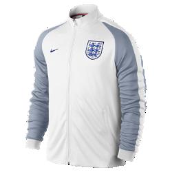 Мужская куртка England Authentic N98Мужская куртка England Authentic N98 изготовлена из прочной ткани. Воротник-стойка с молнией до подбородка обеспечивает комфорт и защиту от холода.<br>