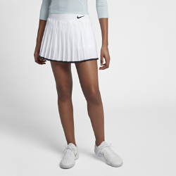 Теннисная юбка NikeCourt VictoryТеннисная юбка NikeCourt Victory обеспечивает функциональную поддержку и комфорт в классическом силуэте.<br>
