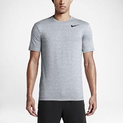 Мужская футболка для тренинга с коротким рукавом Nike DryМужская футболка для тренинга с коротким рукавом Nike Dry сочетает высокую функциональность и невероятный комфорт благодаря легкой и мягкой влагоотводящей ткани, которая не натирает кожу.<br>