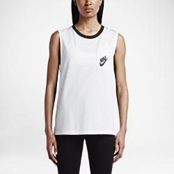 Женский топ Nike Signal MuscleЖенский топ Nike Signal Muscle свободного кроя изготовлен из чистого хлопка для комфорта и свободы движений.<br>