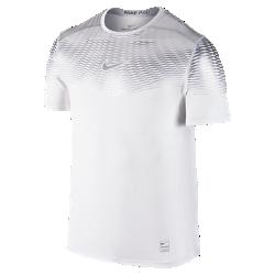 Мужская футболка для тренинга Nike Pro Hypercool MaxМужская футболка для тренинга Nike Pro Hypercool Max, созданная с применением новейших технологий, отводит влагу и помогает сохранить ощущение прохлады во время тренировоквысокой интенсивности.  Зональная вентиляция  Вставки из сетки в зонах повышенного тепловыделения способствуют лучшей вентиляции там, где это больше всего необходимо.  Защита от перегрева  Металлизированный принт отражает солнечные лучи от верхней части тела, обеспечивая приятную прохладу во время длительных тренировок на улице.  Меньше влаги, больше движения  Технология Dri-FIT обеспечивает комфорт без утяжеления, выводя влагу с кожи на поверхность ткани, откуда она быстро испаряется.<br>