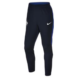 Мужские брюки FFF Revolution Elite Knit IIМужские брюки FFF Revolution Elite Knit II с зауженным силуэтом выполнены из легкой влагоотводящей ткани для естественной свободы движений и длительного комфорта.<br>