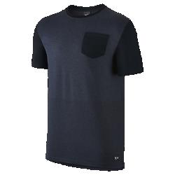 Мужская футболка FFF Authentic SidelineМужская футболка FFF Authentic Sideline отдает честь национальной сборной с помощью цветных деталей на мягкой и комфортной смесовой ткани на основе хлопка.<br>