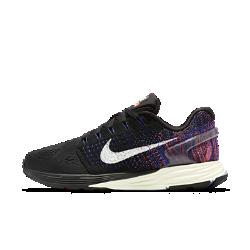 Женские беговые кроссовки Nike LunarGlide 7Женские беговые кроссовки Nike LunarGlide 7 обеспечивают плотную посадку и мягкую амортизацию для комфорта на любых дистанциях.  Легкость и комфорт  Конструкция Nike Flyknit в пятке и средней части стопы, а также материал Flymesh в передней части для поддержки и комфорта без утяжеления и оптимальной вентиляции.  Мягкая адаптивная амортизация  Подошва из пеноматериала Lunarlon двойной плотности состоит из двух частей: мягкой центральной части и более плотной оболочки для адаптивной амортизации и поддержки без утяжеления.  Плавная стабилизация  Подошва с платформой Dynamic Support без утяжеления обеспечивает необходимую устойчивость и плавный переход с пятки на носок.<br>