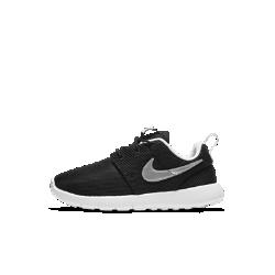 Кроссовки для дошкольников Nike Roshe OneКроссовки для дошкольников Nike Roshe One с верхом из сетки и мягкой подошвой из пеноматериала обеспечивают вентиляцию, комфорт и надежную амортизацию.<br>