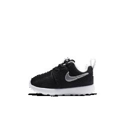 Кроссовки для малышей Nike Roshe OneНЕПРЕВЗОЙДЕННАЯ ЛЕГКОСТЬ И КОМФОРТ   Кроссовки для малышей Nike Roshe One обеспечивают воздухопроницаемость, комфорт и мягкость благодаря сетчатому верху, а цельная подошва из материала Phylon создает надежную амортизацию. Главное качество этих кроссовок — универсальность. Их можно носить с носком или без, со спортивной или более формальной одеждой, они идеально подойдут для прогулок и активного отдыха.<br>