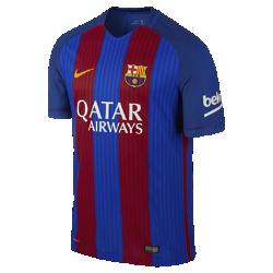 Мужское футбольное джерси 2016/17 FC Barcelona Vapor Match HomeМужская футбольная джерси 2016/17 FC Barcelona Vapor Match Home — копия модели, в которой выступает «Барселона». Технология Nike Aeroswift представляет собой сочетание влагоотводящей ткани и специальной конструкции, позволяя достичь максимальной скорости на поле.<br>