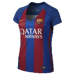 Женское футбольное джерси 2016/17 FC Barcelona Stadium HomeЖенское футбольное джерси 2016/17 FC Barcelona Stadium Home из легкой влагоотводящей ткани обеспечивает комфорт во время игры и на каждый день.<br>
