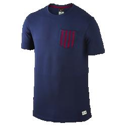 Мужская футболка FC Barcelona Authentic SidelineМужская футболка FC Barcelona Authentic Sideline изготовлена из мягкой ткани на основе хлопка в клубных цветах и демонстрирует твою гордость за любимый клуб.<br>