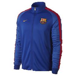 Мужская куртка FC Barcelona Authentic N98Мужская куртка FC Barcelona Authentic N98 обеспечивает комфорт и защиту от холода благодаря прочной ткани и воротнику-стойке с молнией до подбородка.<br>
