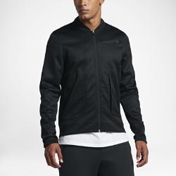 Мужская куртка Nike LeBronМужская куртка Nike LeBron из влагоотводящей ткани имеет продуманный крой для свободы движений и комфорта каждый день.<br>
