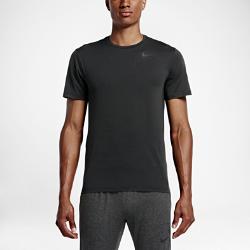 Мужская футболка для тренинга с коротким рукавом Nike DryМужская футболка для тренинга с коротким рукавом Nike Dry из влагоотводящей ткани обеспечивает мягкость и комфорт в спортзале и на поле каждый день.<br>