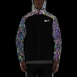 Мужская беговая куртка Nike HyperShield FlashМужская беговая куртка Nike HyperShield Flash из прочного и водонепроницаемого материала обеспечивает невесомую защиту.  Водонепроницаемость и прочность  Ткань Nike HyperShield — это прочный и водонепроницаемый слой, который также обеспечивает вентиляцию для комфорта во время бега.  Усиленная защита  Герметичные швы и водонепроницаемая молния защищают от непогоды.  Зональная вентиляция  Разрезы на молнии в области подмышек усиливают вентиляцию для комфорта, когда это необходимо.<br>