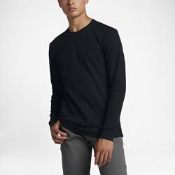 Мужская футболка с длинным рукавом Nike Dry SBМужская футболка с длинным рукавом Nike SB Dry из влагоотводящей ткани — идеальная модель для тепла. Модель можно надевать как под худи или куртку, так и носить самостоятельно.  Отведение влаги  Технология Dri-FIT обеспечивает прохладу и комфорт, отводя влагу на поверхность ткани, где она быстро испаряется. Отверстия в области подмышек усиливают вентиляцию.  Тепло  Теплая и уютная термоткань из смесового хлопка с вафельным рисунком позволяет носить модель самостоятельно или в качестве базового слоя.  Надежная посадка  Удлиненная сзади нижняя кромка не смещается и создает дополнительную защиту для абсолютного комфорта.<br>