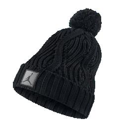 Вязаная шапка Jordan Jumpman Cable PomВязаная шапка Jordan Jumpman Cable Pom с отворотом обеспечивает комфорт и защищает от холода.<br>
