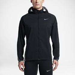 Мужская беговая куртка Nike ShieldМужская беговая куртка Nike Shield из прочной ткани обеспечивает отличную вентиляцию, а также защищает от ветра и дождя.<br>