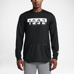 Мужская толстовка Nike Air CrewКлассический дизайн мужской толстовки Nike Air Crew отдает дань уважения году, в котором величайшая из когда-либо существовавших баскетбольных команд завоевала золотои пробудила любовь к игре во всем мире.<br>